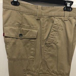 Levi cargo pants